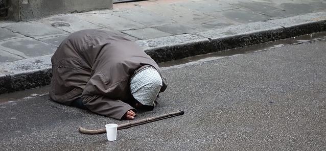 begging-1450534_640