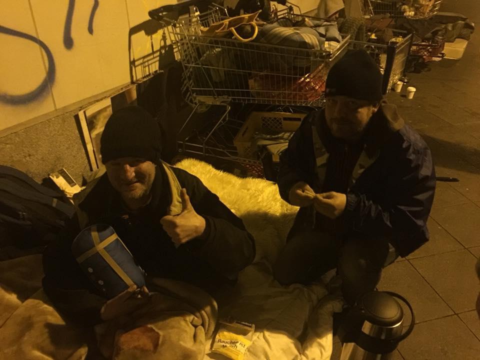Tomek und Gregor obdachlos