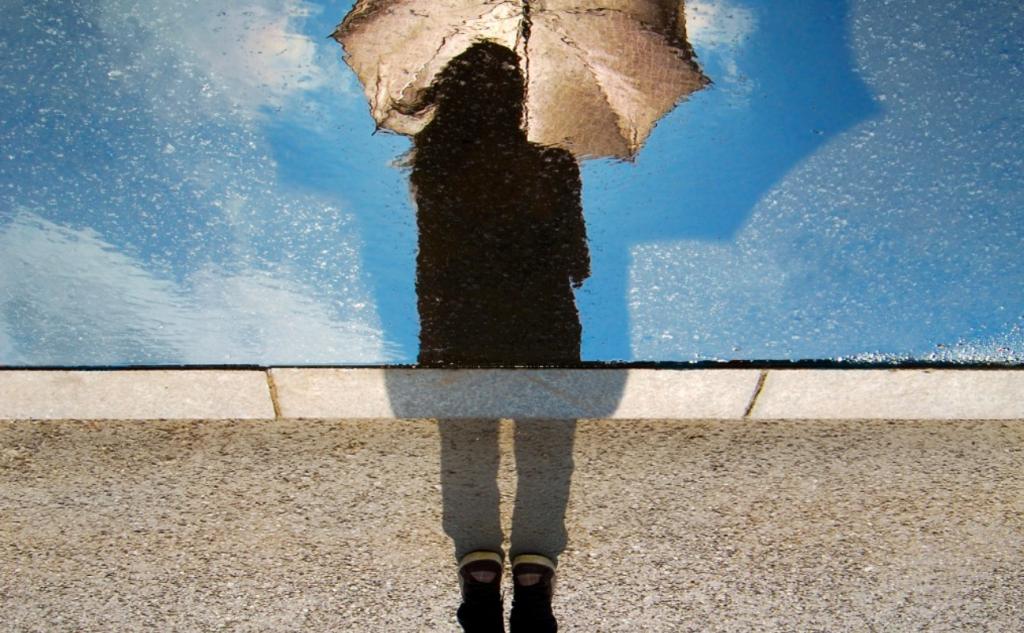 Regenschirm Wasser Schatten